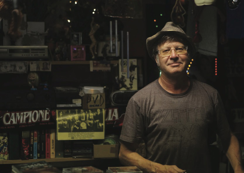 Bosse, owner of a Slussen record store.